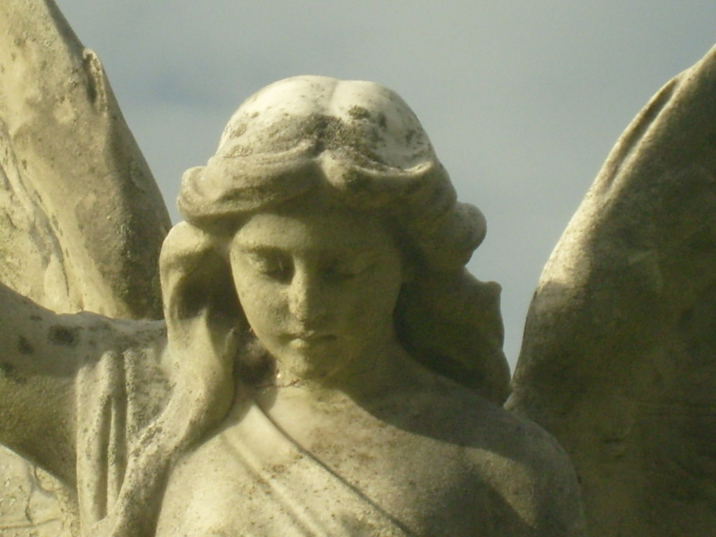 The angel, a symbol of both religion and spirituality. Photo: charmaineswart, Morguefile.com